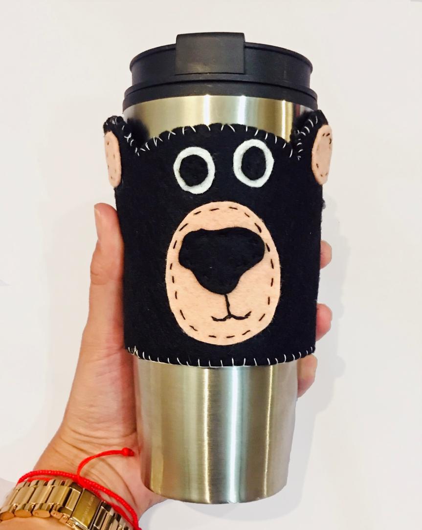 Easy bear mug sleeve tutorial / Tutorial mango de oso paratermo