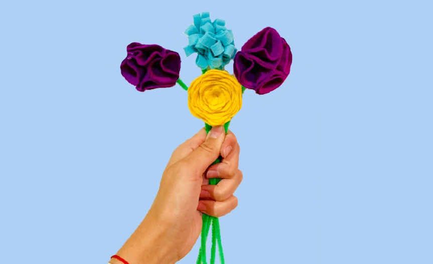Make a carnation felt flower / Crea un clavel de fieltro