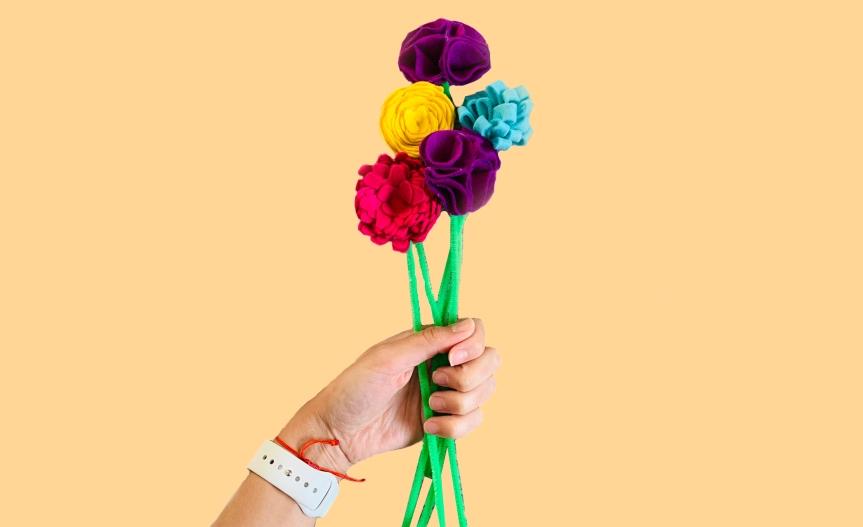 Make a peony flower / Crea una peonía defieltro