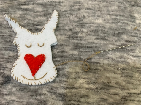 sew felt reindeer
